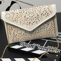 Famous Brands Shoulder Designer Hollow Out  Envelope Day Clutches Women Messenger Bag