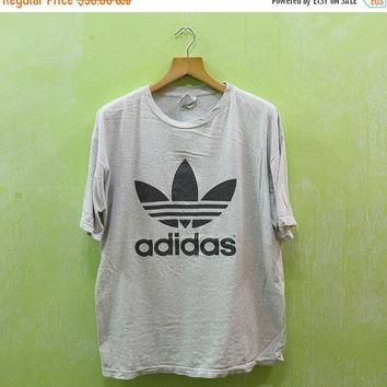 15% SALES Vintage 90's ADIDAS Trefoil Football Shirt Big Logo World Cup Gray T Shirt
