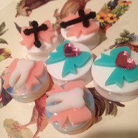"1"" one inch cutie plugs in opalite w baby pink bows n teeth ready to ship 25 26 mm"