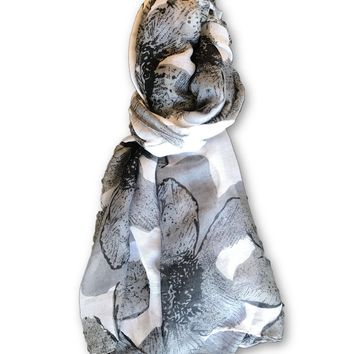 Black/White Floral Scarf