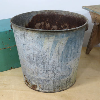 Old Weathered All Laundry Detergent Metal Container . Rusty Laundry Soap Bucket Circa 1940s . Rusted Rustic Metal Pail
