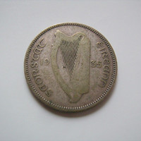 1935 Irish Ireland 75 Percent  Silver Shilling Coin Harp on the Front and Bull on Reverse Side