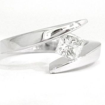 Princess cut diamond engagement ring tension set 0.75ctw