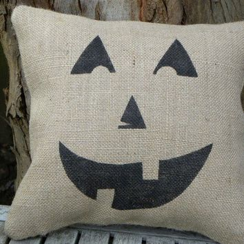 Halloween pumpkin jack o lantern burlap accent pillow cushion