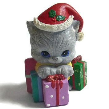 Vintage Christmas Kitty Presents Holiday Kitten Collectible Kawaii Christmas Kitty Cat Kitten Vintage Christmas Cat Figurine Statue Ceramic
