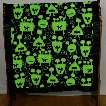 "Fleece Quilt Satin bound fleece Alien Monsters blanket Throw 30""X35"" non pill fleece single layered for lightweight comfort Neon Green Black"