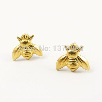 Gold Cute Tiny Bee Earring Jewelry Gold/Silver Plated Honey Bee Earrings Stud Unique Earrings Jewelry for Women