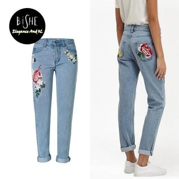 jeans with embroidery Mom Jeans Pantalon Femme Flower Denim jeans female Boyfriend For Women Bleached Ladies Trousers