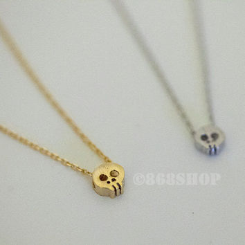 Tiny small skull in gold or silver, simple, everyday, heart giraffes necklace