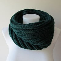 Hand Knitted Cowl in Dark Green - Chunky Knit Cowl - Neckwarmer - Wool Blend - Made to Order