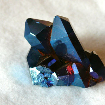 Rare one New Titanium Aura Quartz Crystal-Aura-New Age stone-size 2 Inch- 50mm-Joy -Relax-Life force-Strenght-pysical power
