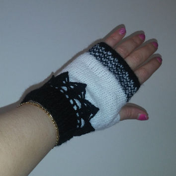 Black and white  Fingerless Gloves with crochet Wrist side, Hand Knitted Fingerless gloves.Black/White Wrist Warmers, Crochet mittens