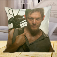 "WALKING DEAD Daryl Dyxon on square pillow cover 16"" 18"" 20"""