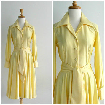 1970 Yellow Party  Dress / full skirt dress / wedding dress / bridesmaid / lemon yellow / shirtwaist dress / spring fashion / small medium