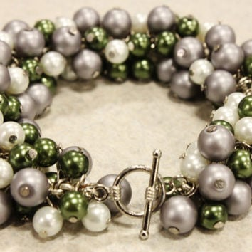 Silver and Glass Pearl Cluster Bracelet - Green, Silver and White Glass Pearls Secured with a Silver Toned Toggle Clasp - FREE SHIPPING