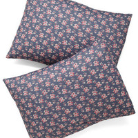 Bed of Rosettes Pillowcase Set
