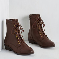 Military Trek Yourself Boot in Acorn