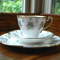 Beautiful Tea Trio Set - Cup, Saucer and Plate - Turquoise and Coral Red Flowers - Gold Trim - Salisbury Bone China England