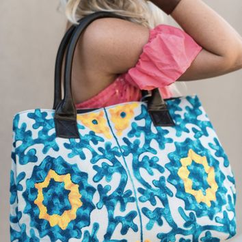 Ocean Floor Embroidered Tote Bag - Turquoise