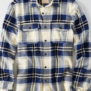 AEO Men's Heritage Button Down Flannel (Cream)