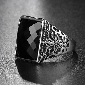 Utimtree Charm Men's Rings With Black Red Stone Punk Personality Pattern Vintage Jewelry Antique Silver Finger Ring For Male