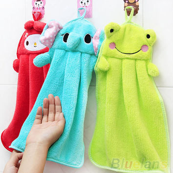 Cartoon Hand Towel Soft Plush Fabric  Animal Hanging Wipe Nursery Bathing Towel 58ZW