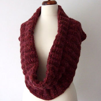 ON SALE chunky cowl infinity scarf red dark pink brown ON Sale
