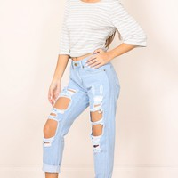 Django boyfriend jeans in blue Produced By SHOWPO