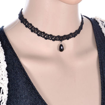 Women Water Drop Pendant Lace Short Necklace Black Band With Drop Pendant Women Short Neck Band Gothic Style 2016 New