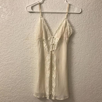 Vtg Silk VICTORIA'S SECRET Off White Sheer Chemise / Beige Silk Negligee with Floral Lace Trim / Sexy, Elegant Boudoir Babydoll Lingerie Top