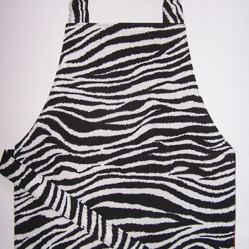 Reversible apron circles zebra stripes black red gray white Montessori child apron toddler smock baker