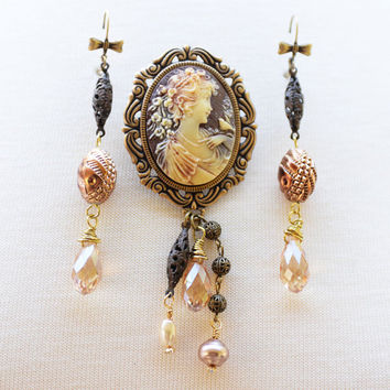 Autumn Cameo Brooch and Earrings Set, Beautiful Fall Colors Jewelry Set, Cameo Jewelry, Victorian Inspired Brooch Set, Autumn Accessory