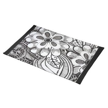 Black and White Flower Print Cloth Placemat