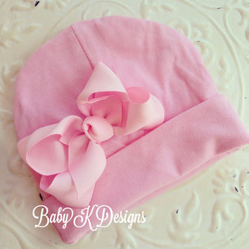 Baby Beanie / Newborn Beanie / Girls Beanie /  White and Pink Cotton Knit Beanie with Bow/ Portait Hat  TWO SIZES