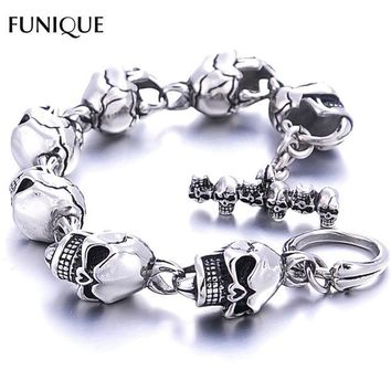 DCCKHY9 FUNIQUE Men Bracelet New 316L Stainless Steel 7 Skulls Gothic Punk Men Bracelet For Boyfriend & Girlfriend Jewelry Gift 22cm