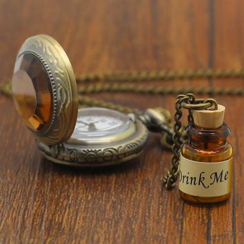 Small Pocket Watch Alice in Wonderland Drink Me Pendant with Bottle Birthday Gift Wome Girl Watches P339