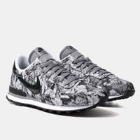 Buy Nike Internationalist GPX Shoes - Dark Grey/Black from Urban Industry | Urban Industry