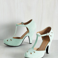 Vintage Inspired The Zest Is History Heel in Mint