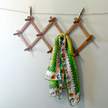 Vintage Peg Rack | Folding Accordian Wall Hanging Hanger