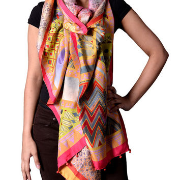 Multicolored Scarf with Zigzag Print