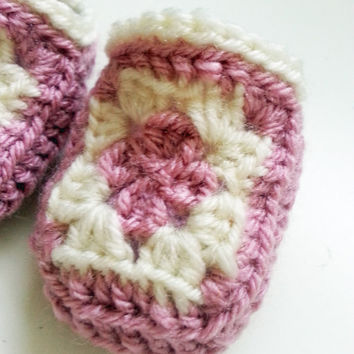 Granny Square // Crochet // Baby Booties