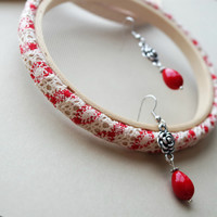 Red And Cream Lace Fabric Earring Hanger With Metal Rose And Red Bead Accent Earrings