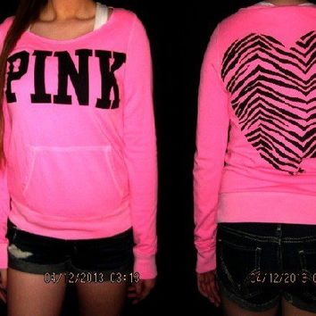 NWT VICTORIA'S SECRET PINK ZEBRA HEART CREWNECK/ SWEATSHIRT SIZE MEDIUM