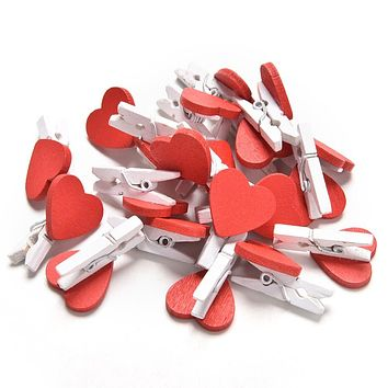20pcs/Pack Mini Heart Love Wooden Clothes Photo Paper Peg Pin Clothespin Craft Postcard Clips Home wedding Decoration