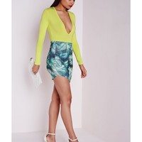 Missguided - Long Sleeve V Neck Bodysuit Lime