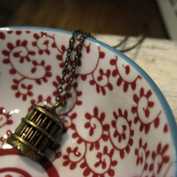 A Simple Birdcage Necklace by sodalex on Etsy