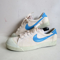 Vintage 1970s Nike Sneakers White Blue Streak Shell Toe Canvas 70s Athletic Shoes Womens 9 Mens 7.5