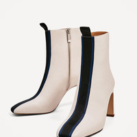 CONTRAST HIGH HEEL ANKLE BOOTS DETAILS
