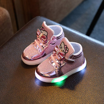Girls Shoes Baby Hook Loop Kids Light Up Led Luminous Shoes Boys Glowing Sneakers Little Girls Children Princess with lights