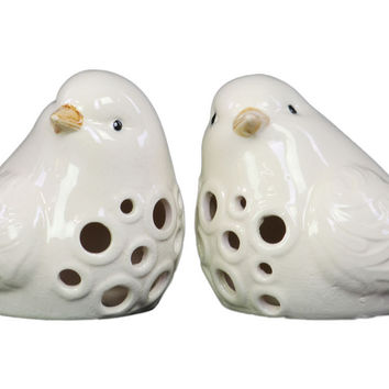 Porcelain Bird Figurine with Round Cutout Design Assortment of Two Gloss Finish White